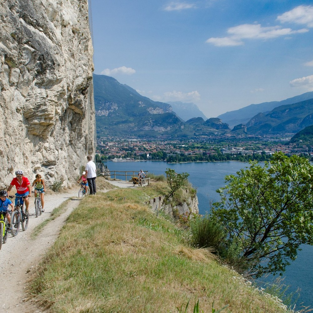 Sport-Holiday apartments Rivappartamenti in Riva del Garda
